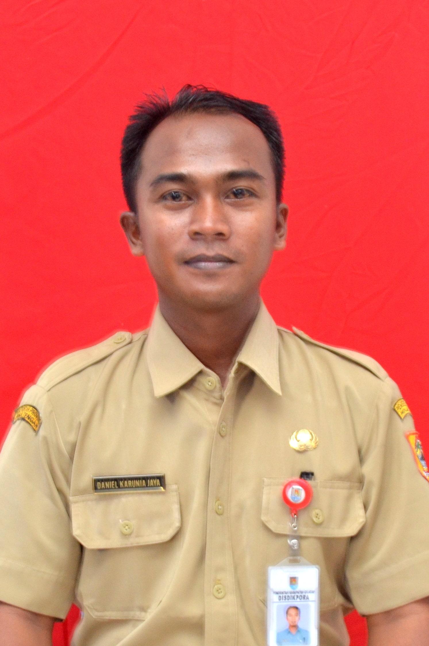 Daniel Karunia Jaya, S.Pd