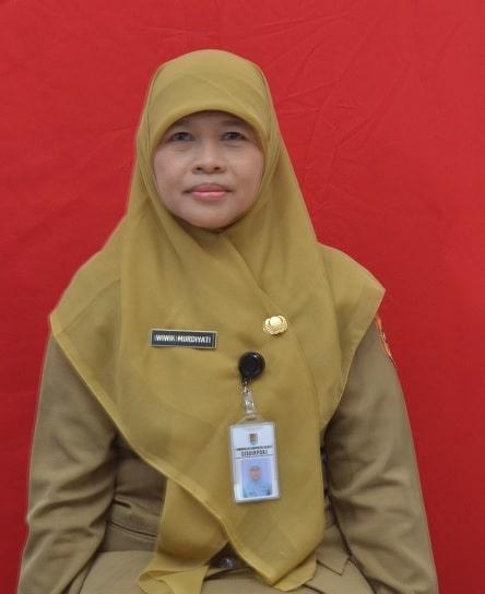 Wiwik Murdiyati, SE